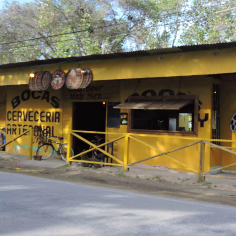 Best Bars of Bocas del Toro